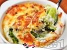 Рецепта Запечени броколи с течна сметана, яйца, прясно мляко и кашкавал